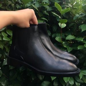 Zara Womens Black Leather Chelsea Ankle Boots